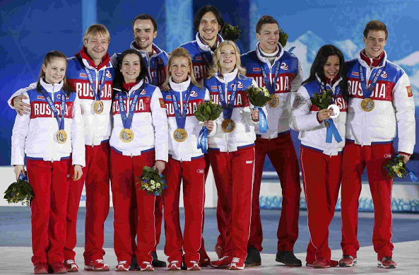 Photo of the Sochi 2014 figure skating team | Hobby Keeper Articles