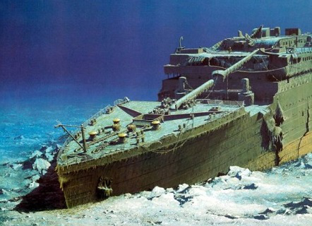 """Photo """"Titanic"""" at the bottom of the ocean 