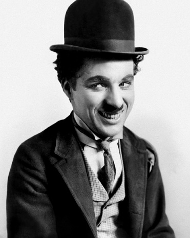 Photo of a smiling Chaplin | Hobby Keeper Articles