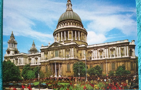 St. Paul's Cathedral on a postcard   Hobby Keeper Articles