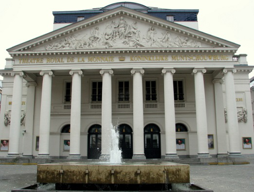 Photo of the theater La Monnaie | Hobby Keeper Articles