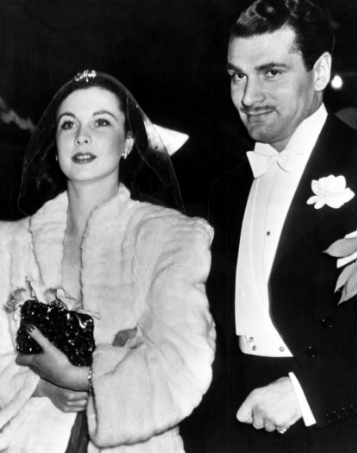 Photo of Vivien Leigh with her second husband | Hobby Keeper Articles