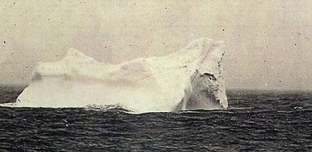 Photo of the iceberg that sank the Titanic | Hobby Keeper Articles