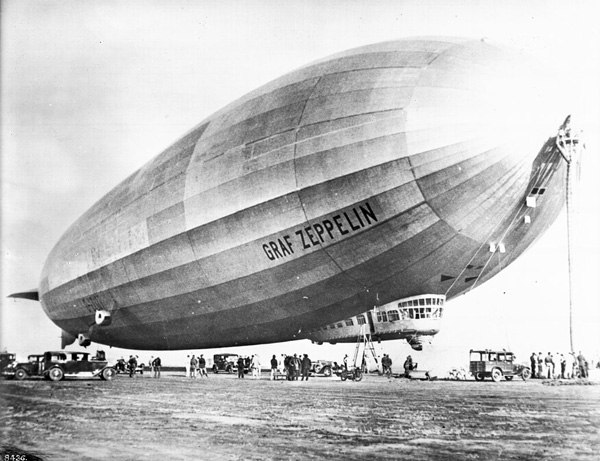 """The Photo """"Graf Zeppelin"""" 