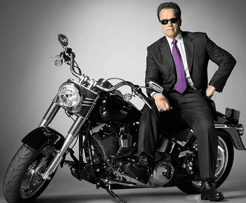 Photo Arnold Schwarzenegger on a motorcycle | Hobby Keeper Articles