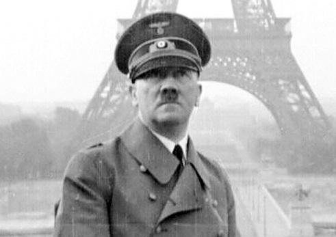 Hitler in Paris, 1940   Hobby Keeper Articles